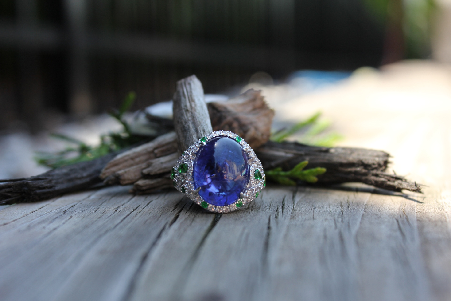 High Jewelry Tanzanite, Tsavorite, Diamonds Ring