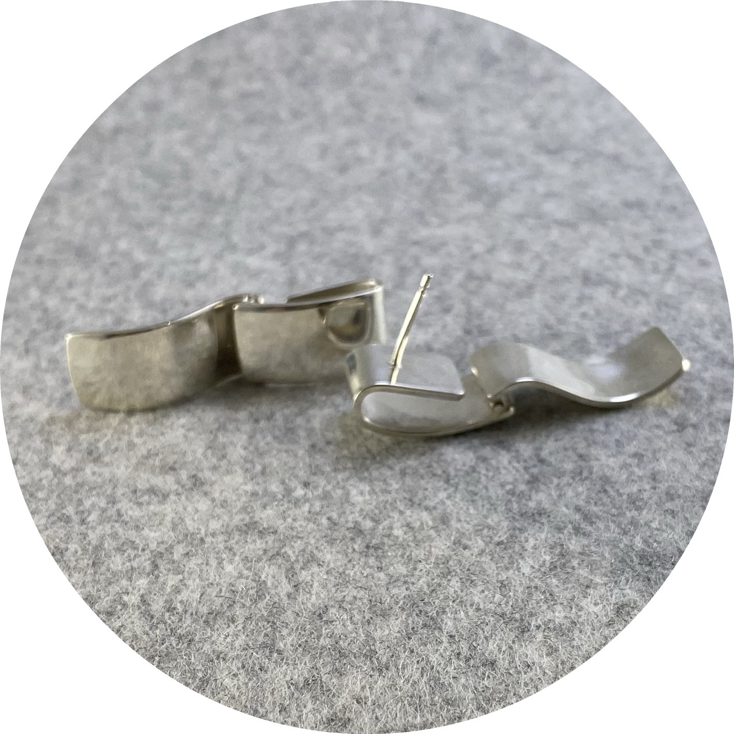 Marissa Ziesing - 'Hinge Earrings', 925 silver