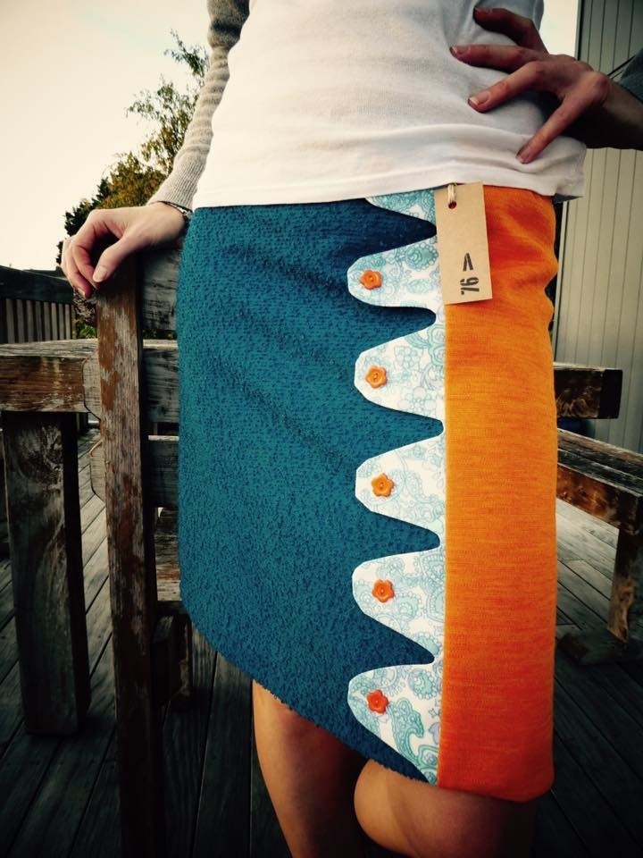 Blue and orange wool skirt. Size 8. Fully lined