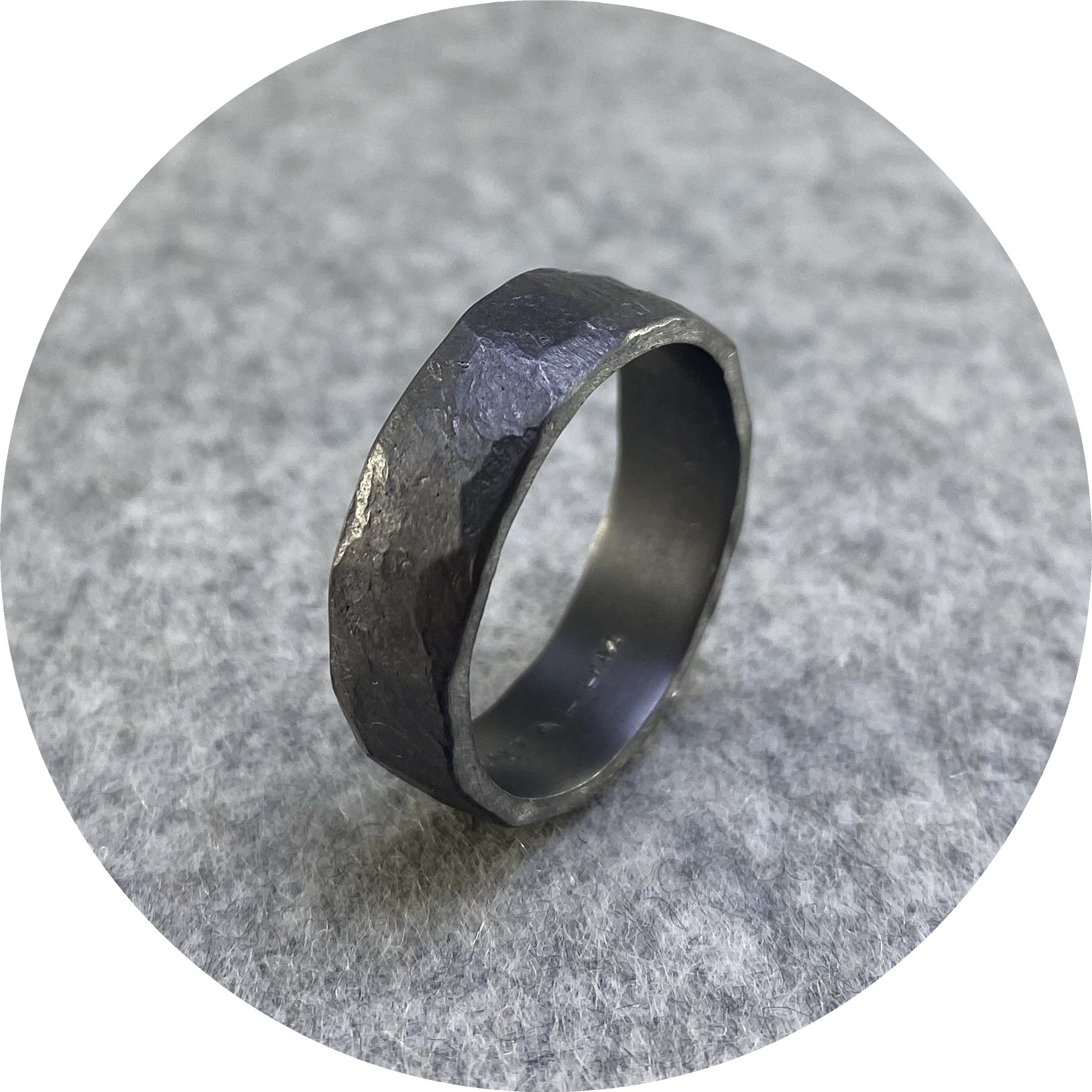 Brendan Cunningham - '7mm Hammered Band', tantalum  V