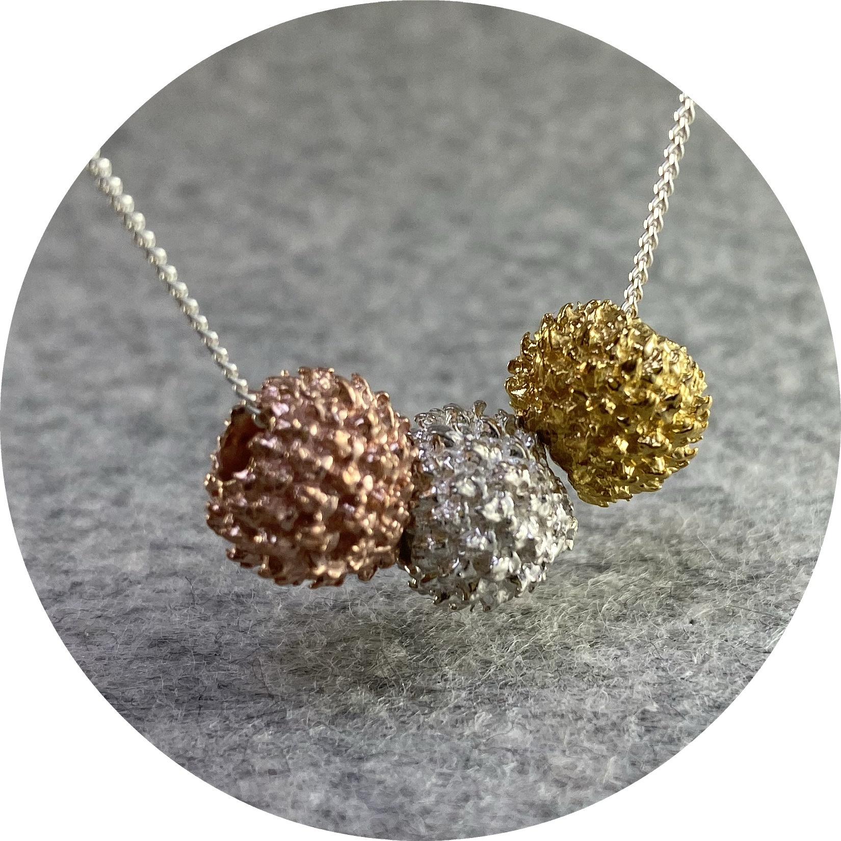 Manuela Igreja - '3 She oak Charm Necklace', 925 silver, rose gold plate, yellow gold plate