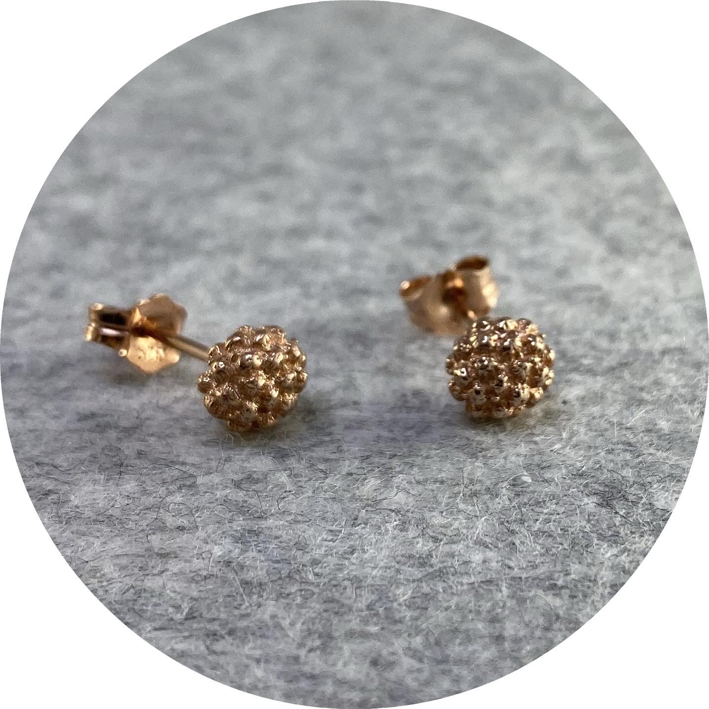 Manuela Igreja - 'Rose Tiny Beehive Studs', 925 silver, rose gold plate