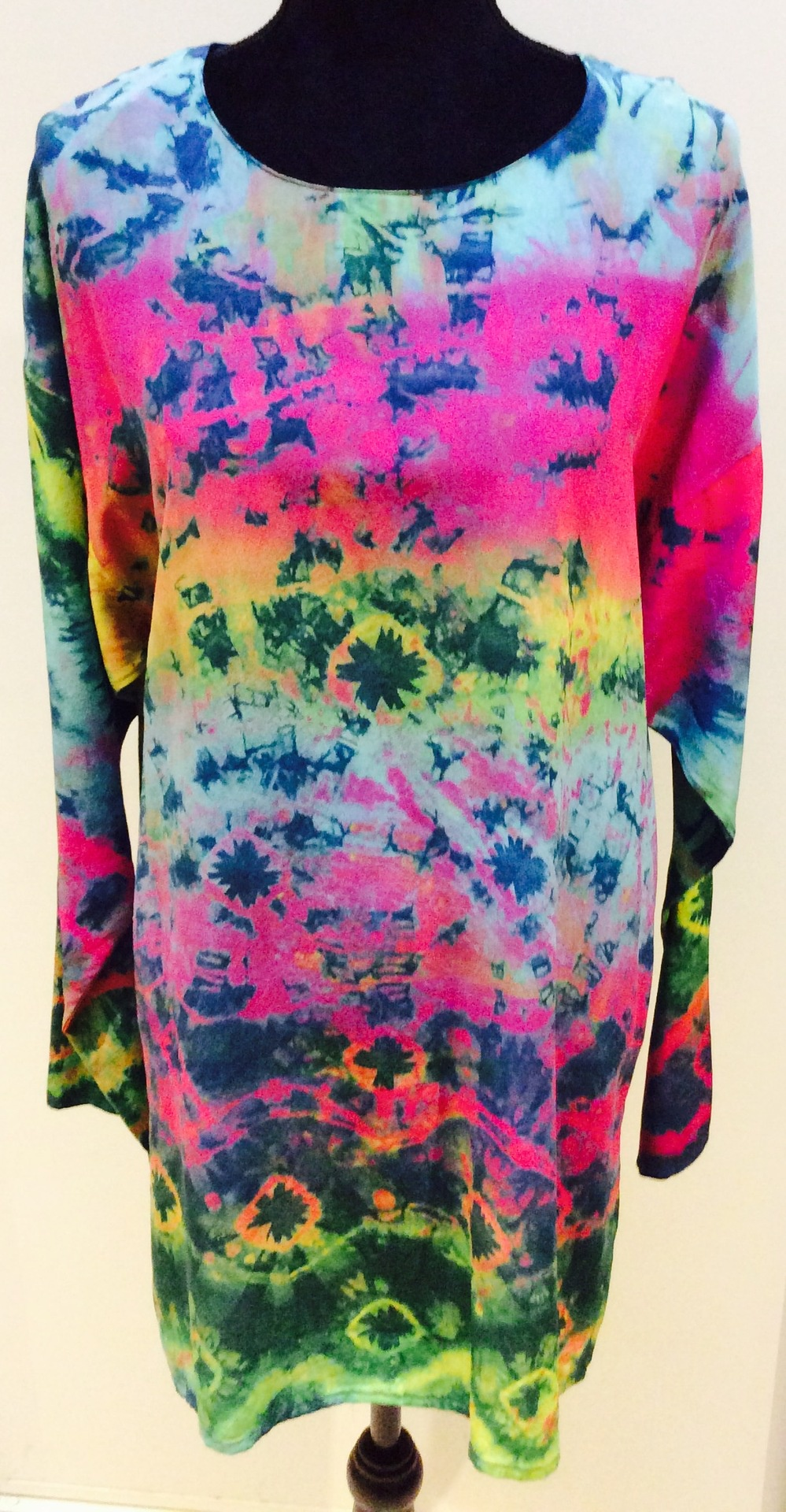Hand painted long sleeve pure silk shirt/tunic: Size L