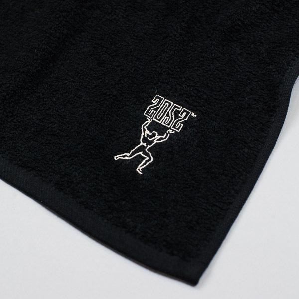 20.52 Strong Man Sweat Towel Black