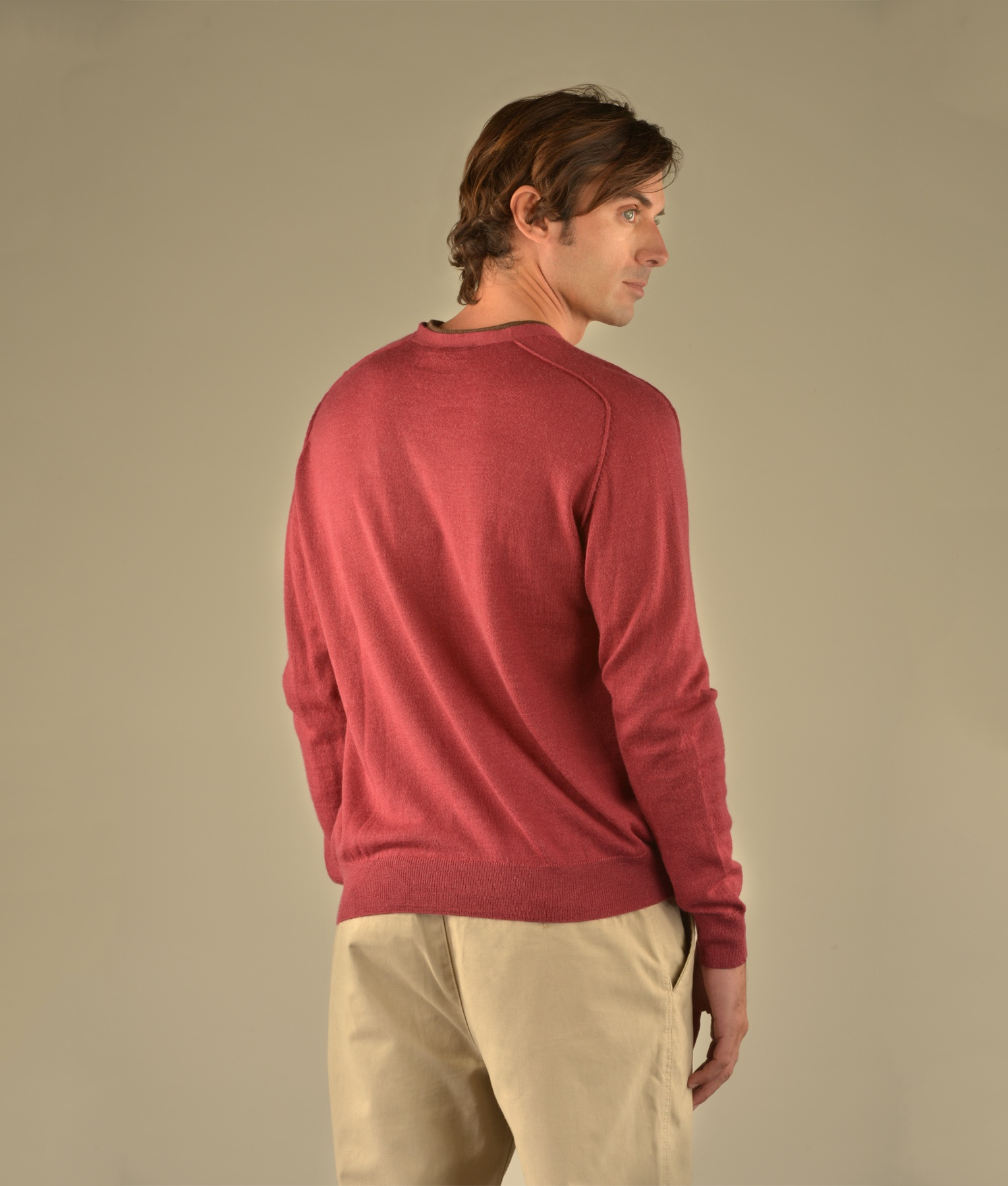 CLASSIC JERSEY SADDLE V NECK SWEATER C006