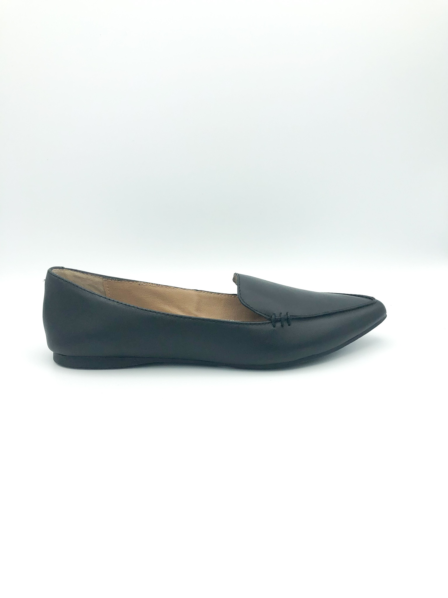 STEVE MADDEN - FEATHER IN BLACK LEATHER