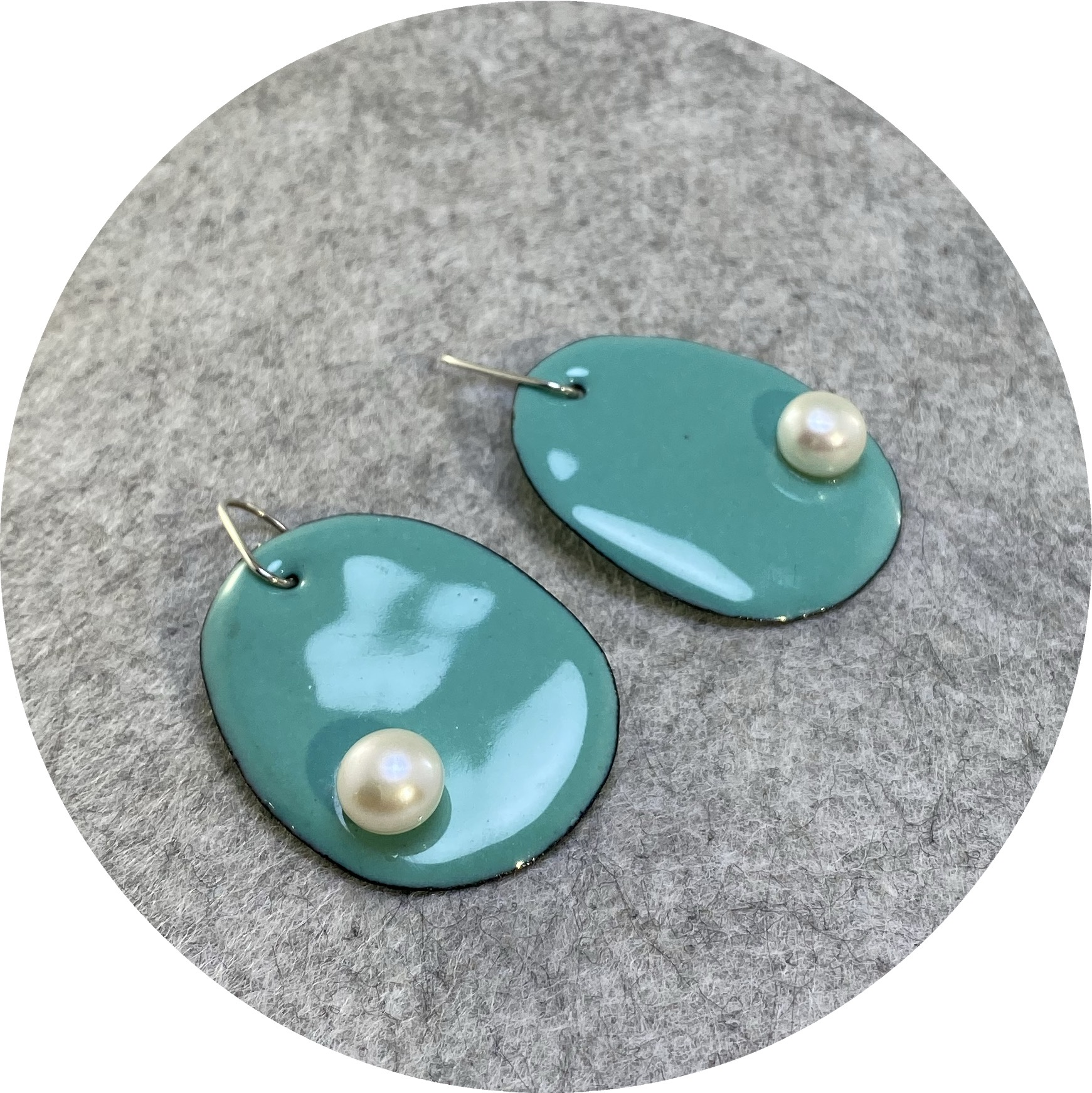 Jenna O'Brien- Pearlie Earrings- Mint green with fresh water pearl.