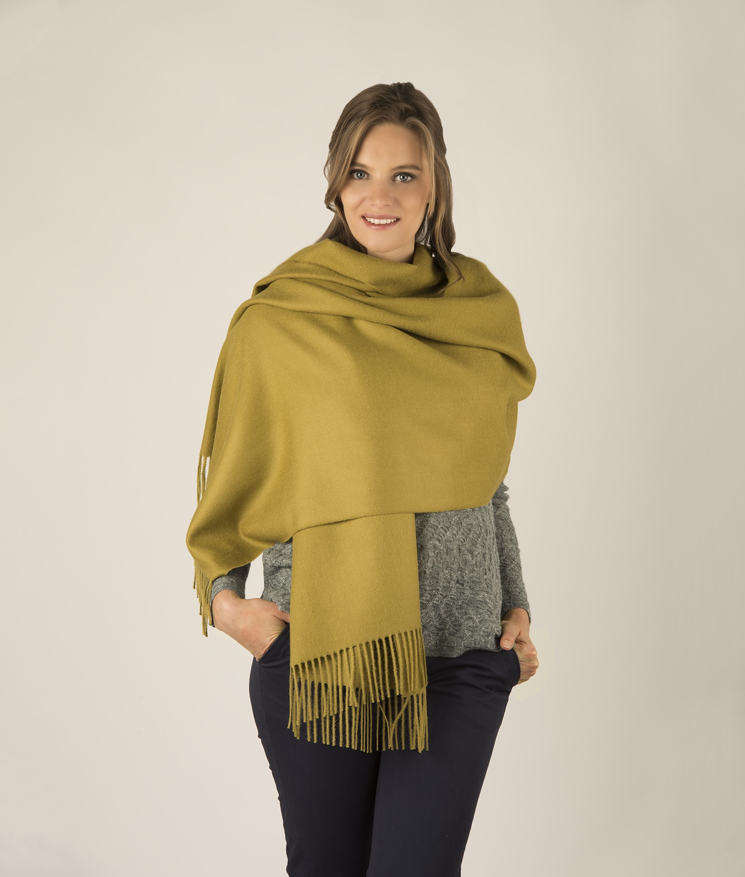 BRUSHED SHAWL VR110020