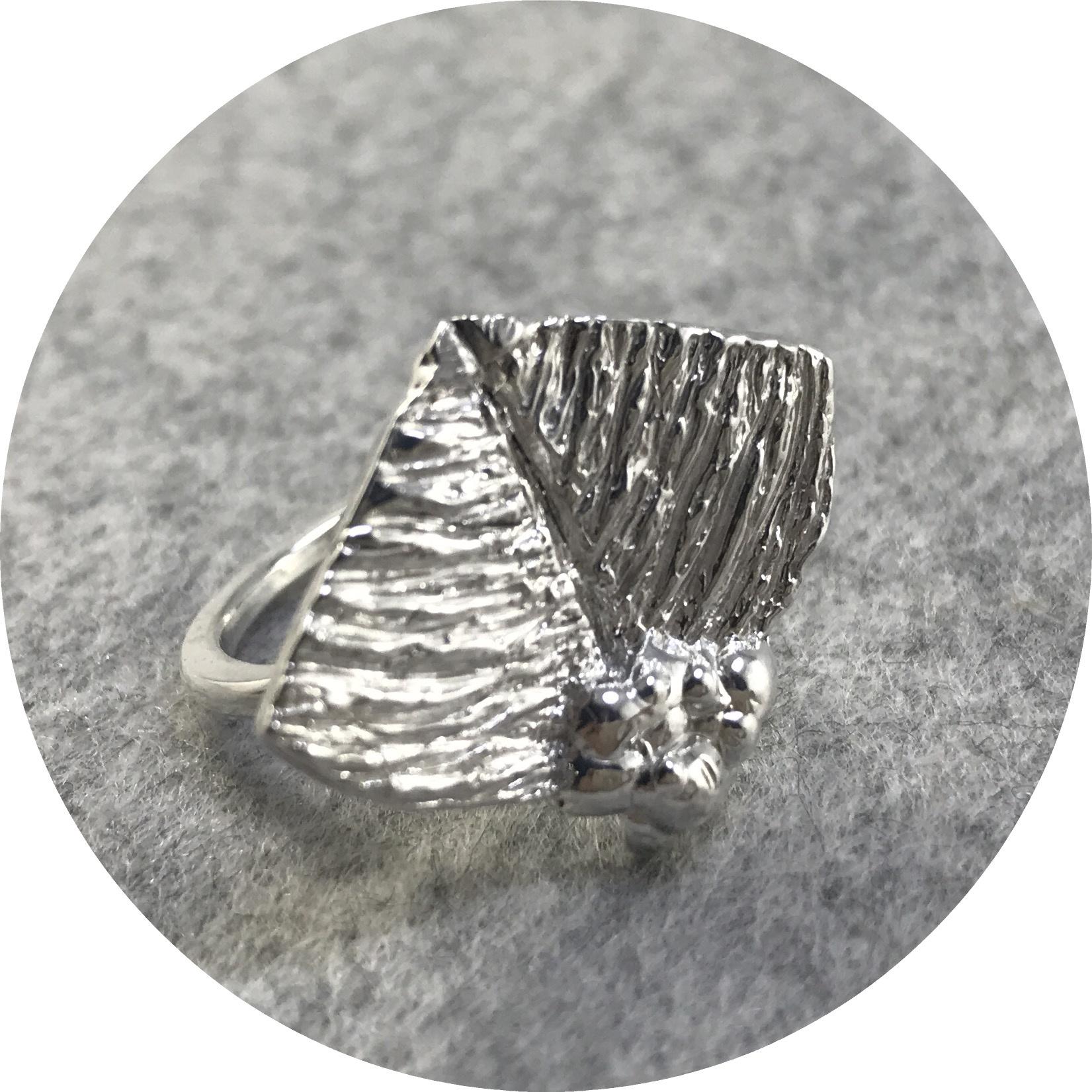 Lizzie Slattery- Butterfly leaf ring. Sterling silver. size M.5