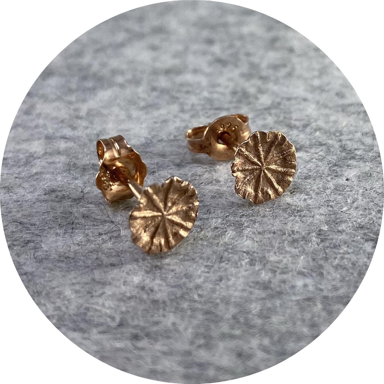 Manuela Igreja - 'Rose Poppy Pod Studs', 925 silver, rose gold plate